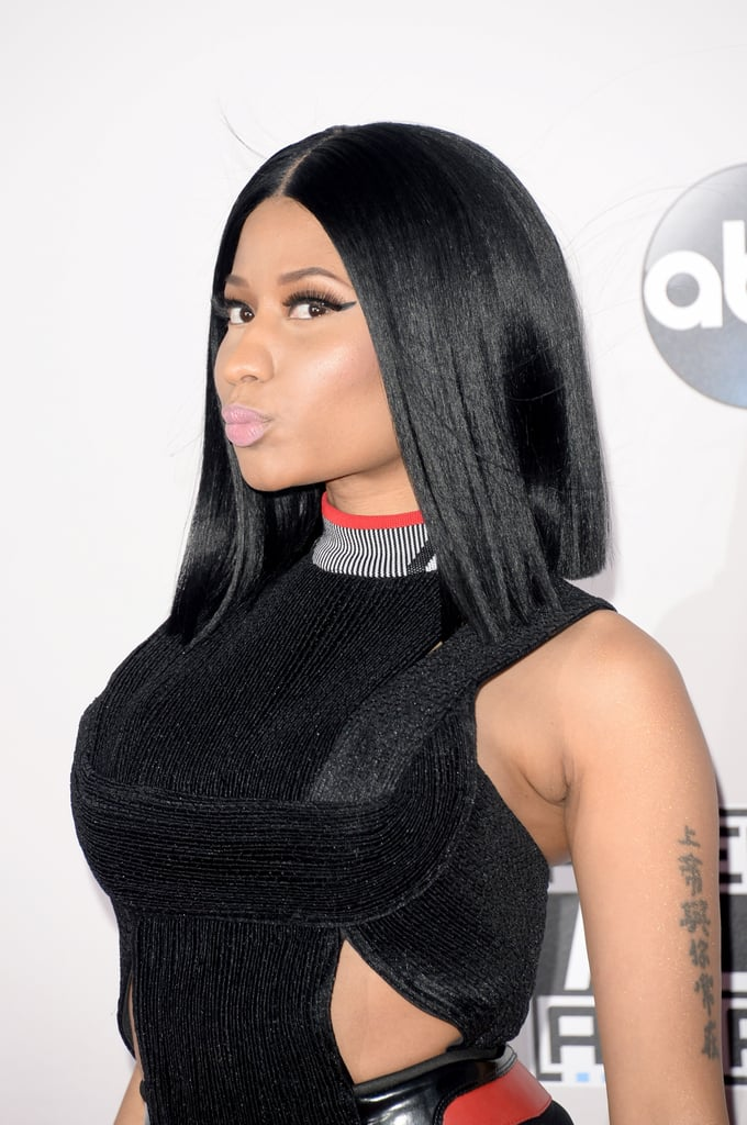 At last month's American Music Awards, Nicki went for one of her most natural looks to date. There's no missing that cat-eye flick though.