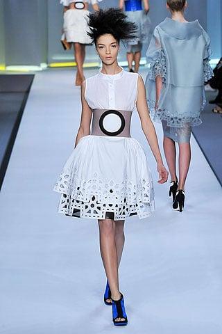 Fendi Spring 2009: Delicate Dresses, Big Belted