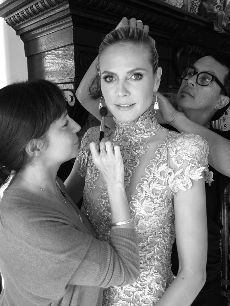 Heidi Klum got some last-minute touch-ups before hitting the red carpet. Source: Twitter user heidiklum