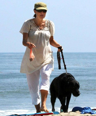 Minnie and Bubba Hit the Beach