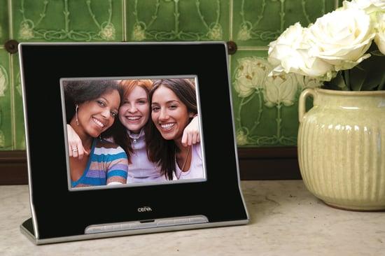 Digital Picture Frame Extravaganza