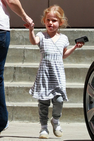 Celebaby Style: Casual Violet Affleck