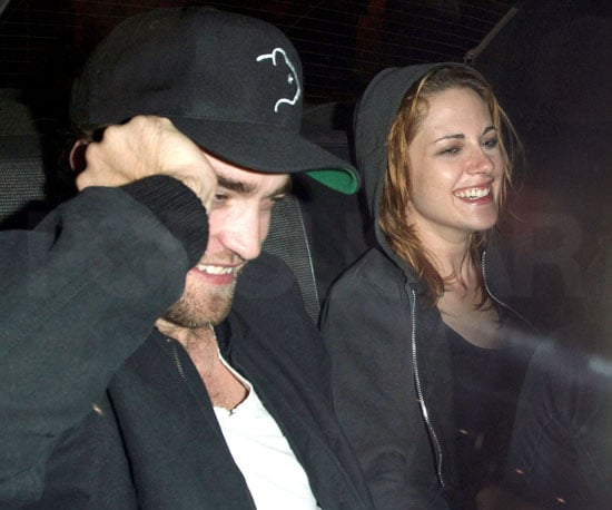 Slide Picture of Kristen Stewart and Robert Pattinson Leaving Matsuhisa