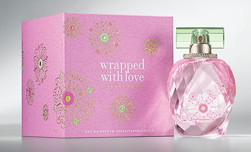Fragrance Review: Hilary Duff Wrapped With Love