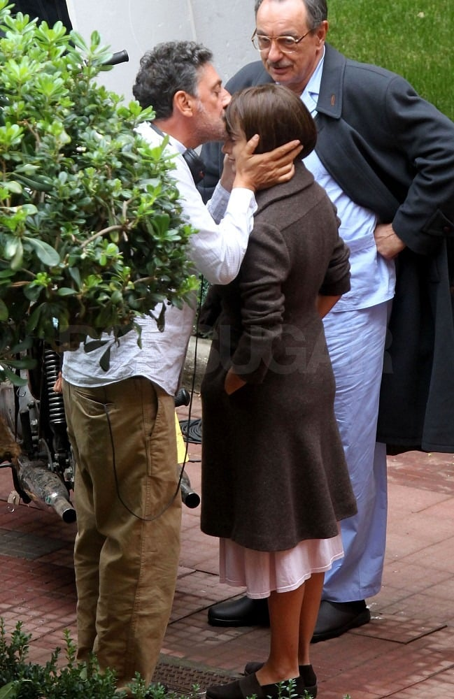 Penelope Cruz got a kiss on the forehead from her director, Sergio Castellitto.