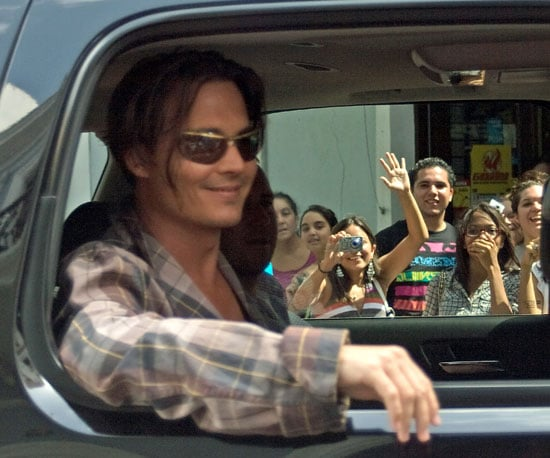 Photo Slide of Johnny Depp Heading to Work on The Rum Diary in Puerto Rico
