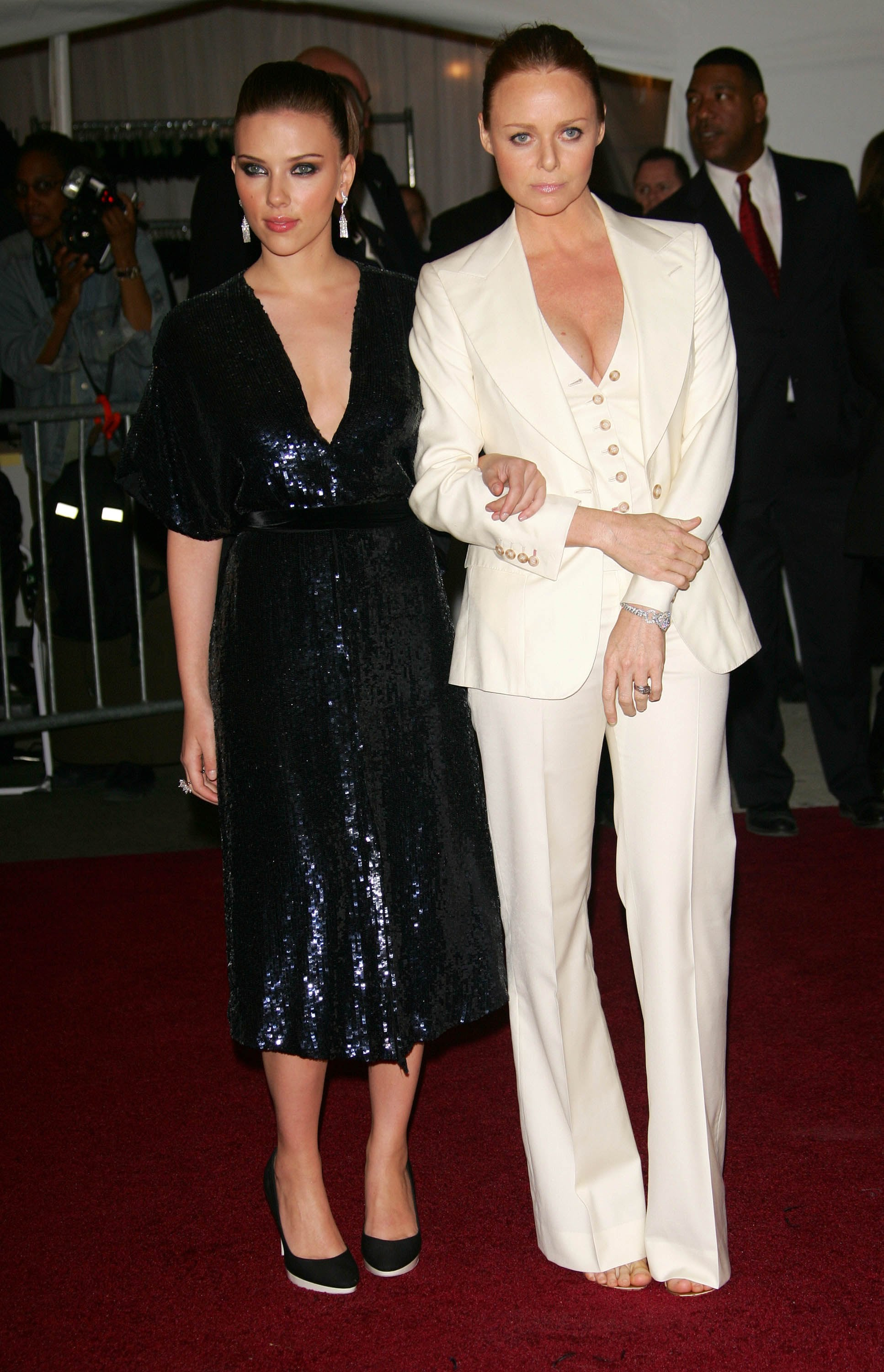 Scarlett Johansson and Stella McCartney — 2006
