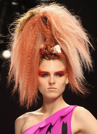 Love It or Hate It: Jeremy Scott's Flintstones Chic 2009-09-23 10:00:15