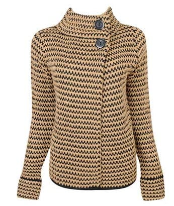15 Cozy Chic Sweaters You Need Now!