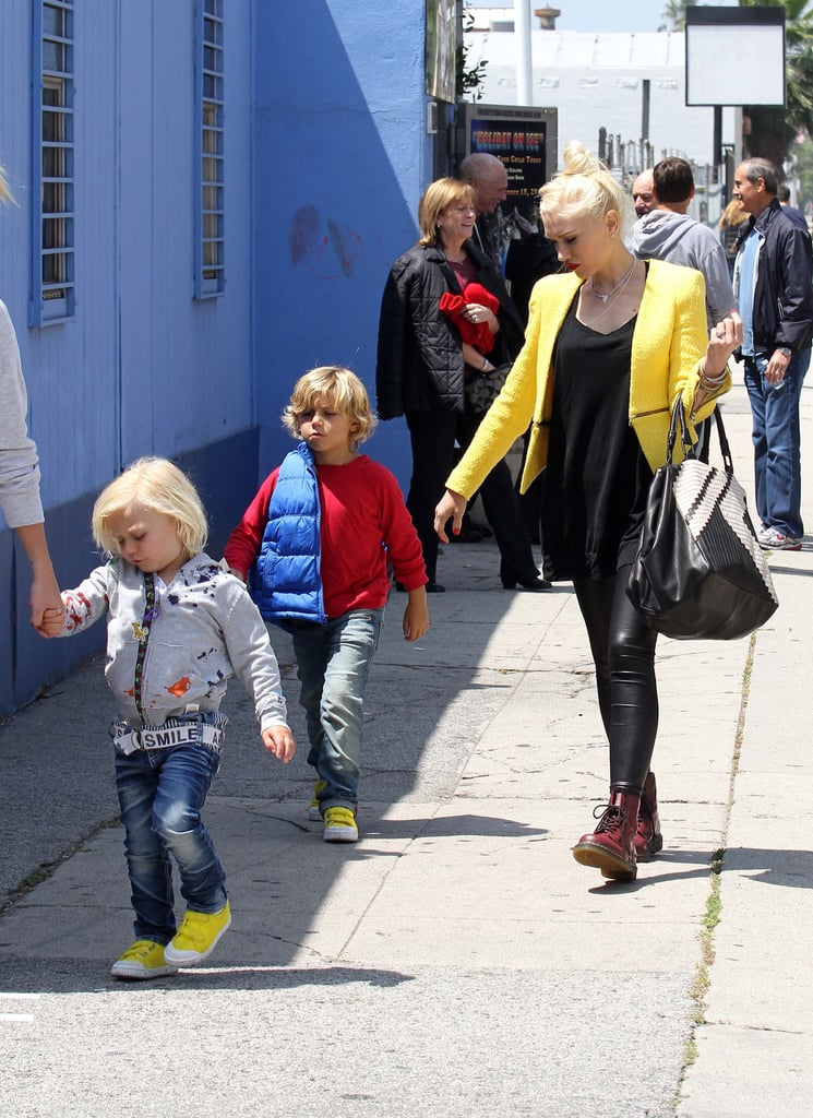 Gwen Stefani had a playdate with her sons at an ice-skating rink in LA.