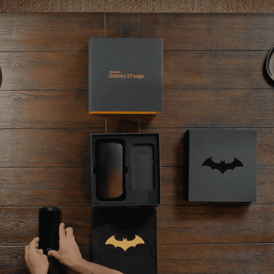 Samsung Galaxy S7 Edge Injustice Edition Phone