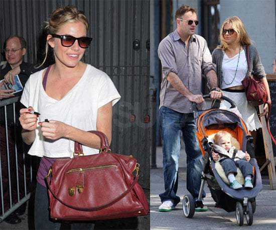 Photos of Sienna Miller and Johnny Lee Miller in NYC 2009-10-06 04:00:05