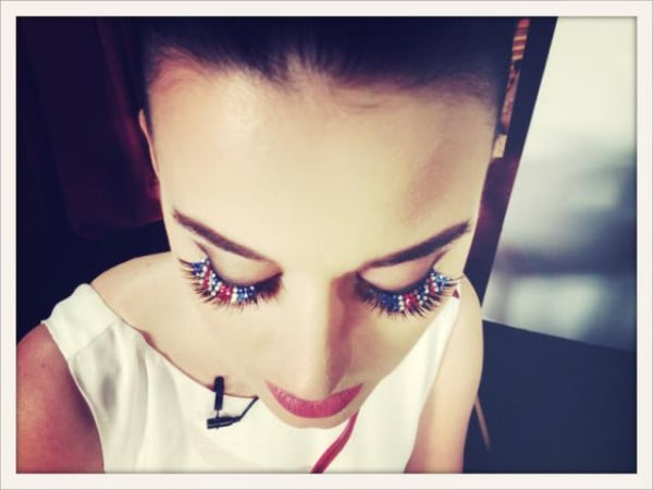 Katy Perry showed off her Anglo-chic eyelashes ahead of the London premiere of her film Part of Me. Source: Twitter user katyperry