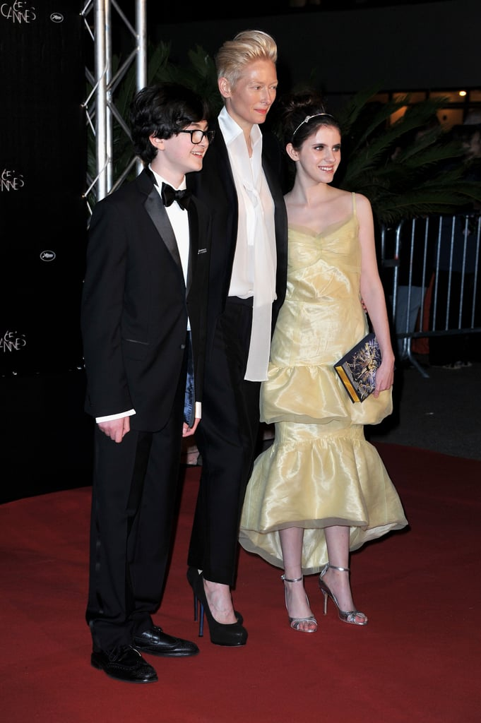 Tilda Swinton got together with Kara Hayward and Jared Gilman at the opening dinner of the Cannes Film Festival.