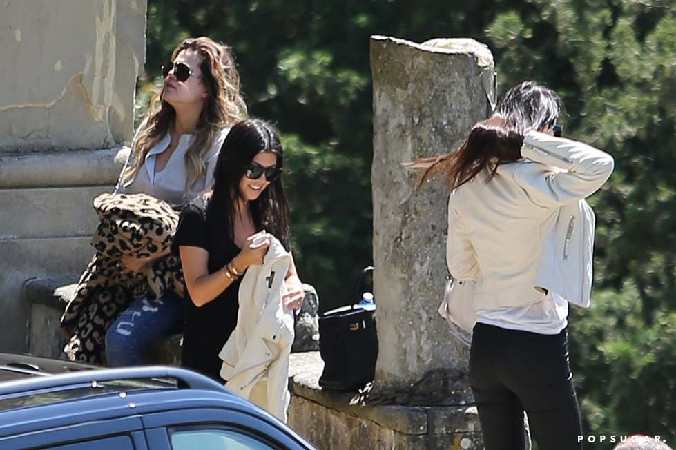 Khloé, Kourtney, and Kendall arrived in Florence.