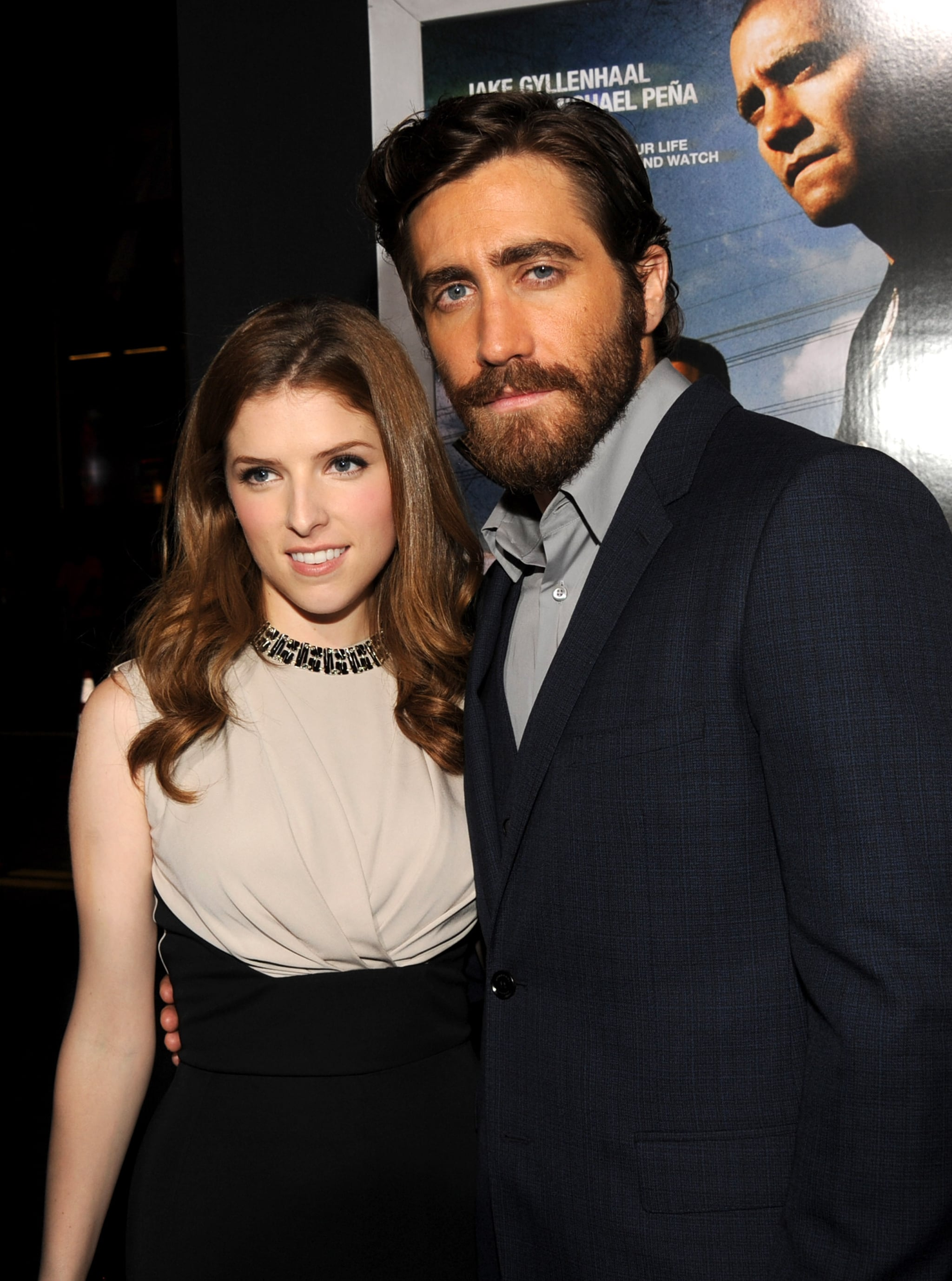 Jake Gyllenhaal posed with Anna Kendrick at the LA premiere of End of Watch .