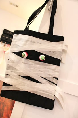 Homemade Trick-or-Treat Bags by Project Nursery