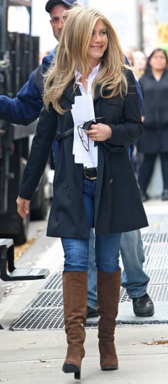 Pictures of Jennifer Aniston on the Set of Wanderlust in NYC