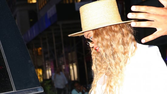 Beyonce Covers Apple Logo With a Lemon Sticker on Her Phone, Rocks Glam Lemon-Inspired Outfit With Jay Z