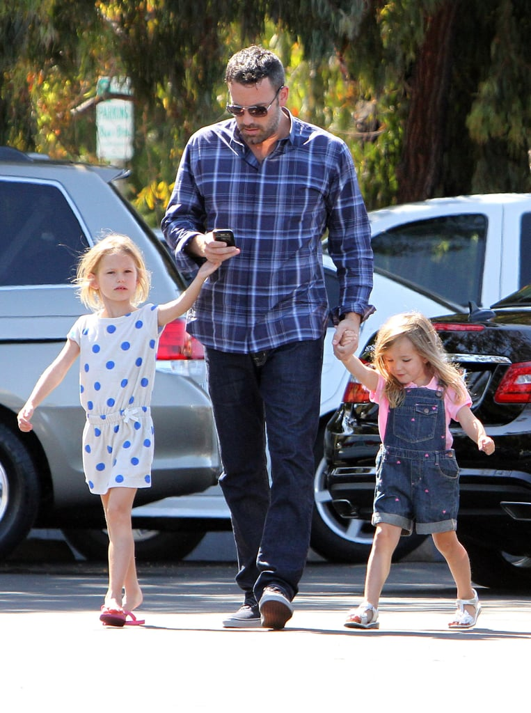 Ben Affleck held hands with Violet and Seraphina during an LA farmers market trip.