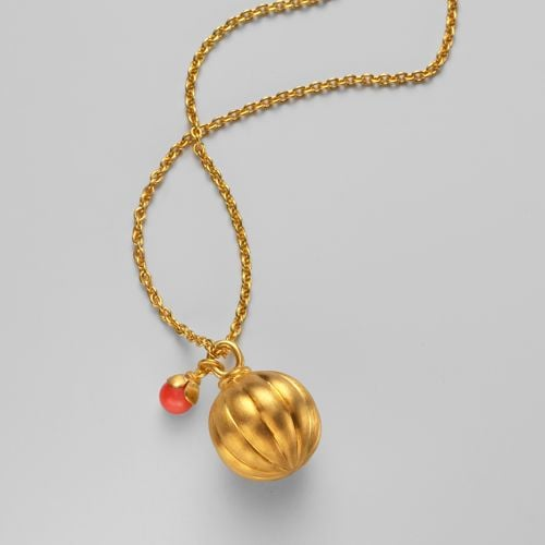 Trend Alert: Coral Jewelry