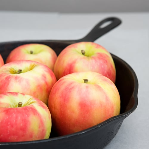 """Caramelized Apples and Reims N.39 """"a la Mode"""""""