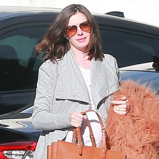 Anne Hathaway Out in LA January 2016 | Pictures