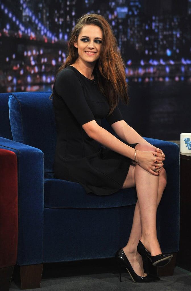 Kristen Stewart chose a black dress and pumps.