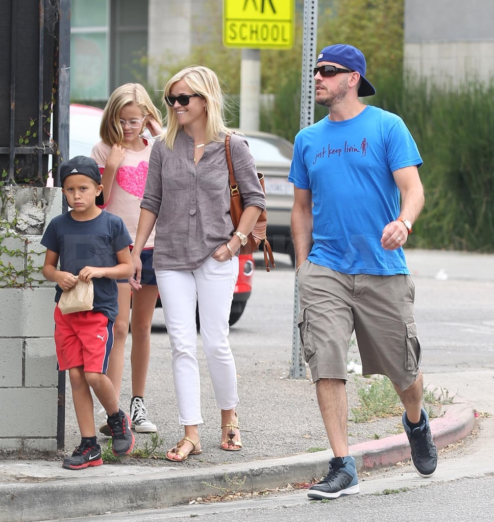Jim Toth and Reese Witherspoon took Ava and Deacon Phillippe to lunch in Abbot Kinney.