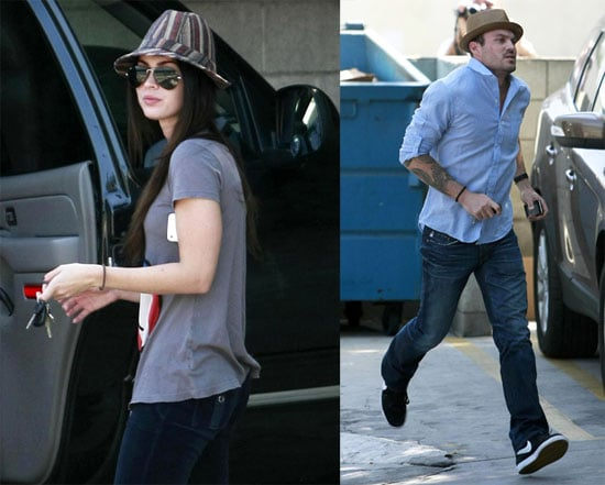Photos of Megan Fox and Brian Austin Green at The Vets Office 2009-10-11 09:00:20