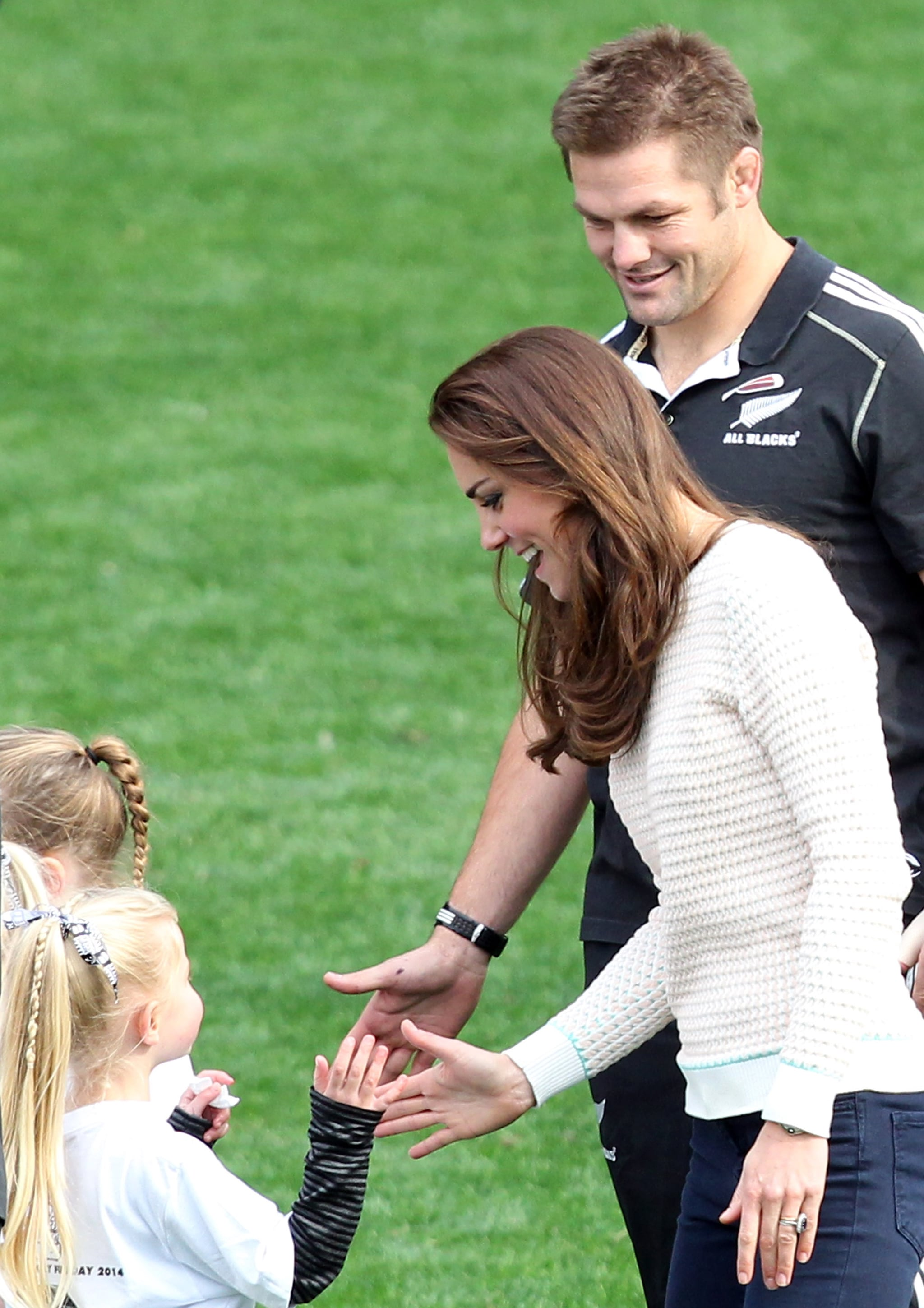 Kate Middleton gave a fan a gentle one during the royal tour in April 2014.