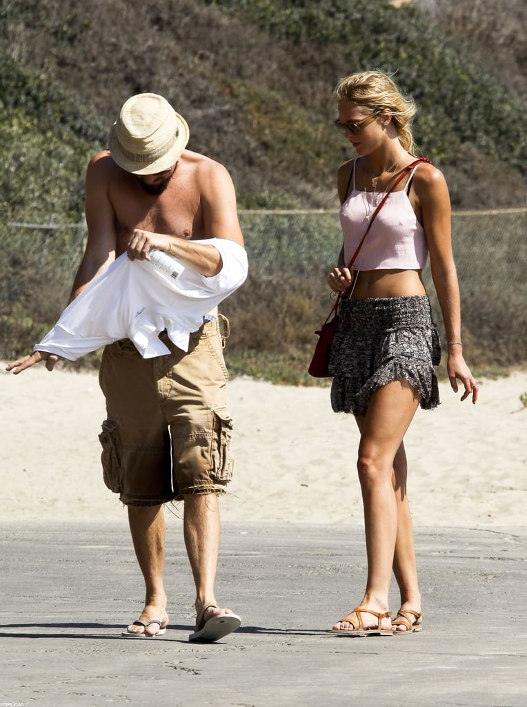 Leonardo Gets Shirtless at the Beach With Erin