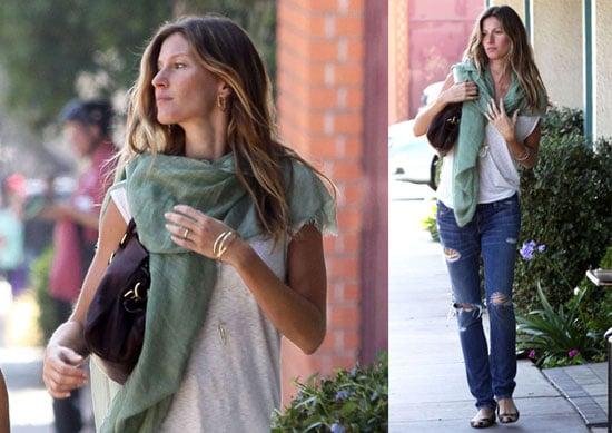 Photos of Pregnant Gisele Bundchen in LA