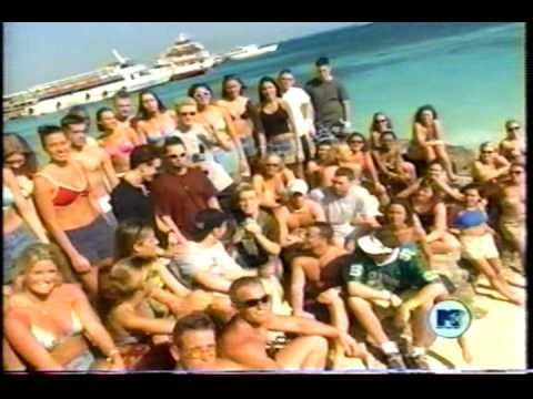 1999: *NSYNC and Britney Spears count down their favorite Spring break videos.