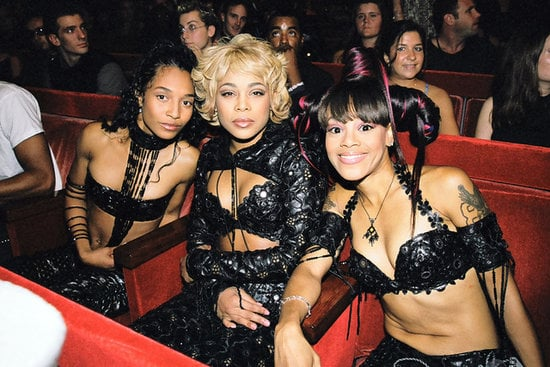 """TLC performed """"No Scrubs,"""" then won best group video for it."""