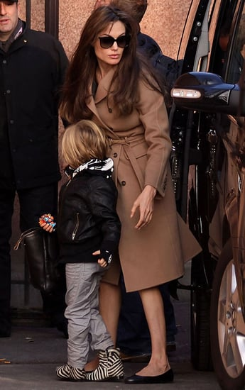 Pictures of Angelina Jolie With Shiloh and Zahara at the Aquarium de Paris