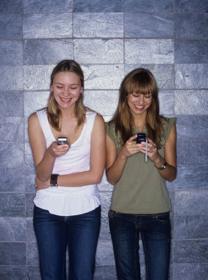 Who Knew? Texting's Tied to Neck Pain
