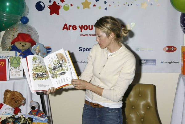 Kelly Rutherford brought her son Hermes to the event who played while she read.