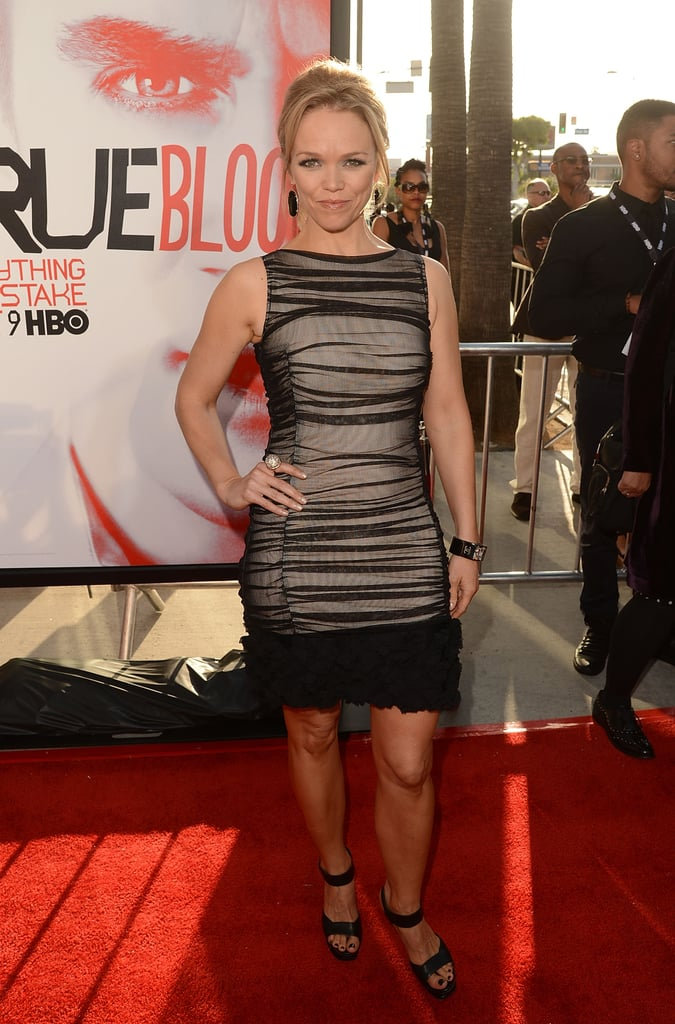 Lauren Bowles showed off her curves on the red carpet.