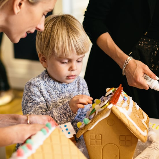 How to Throw a Gingerbread House Decorating Party