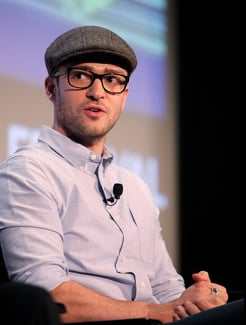 Justin Timberlake From The Social Network Prefers Records Over MP3s