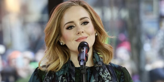Adele Forgets the Lyrics to Her Song, But Handles it Like a Boss