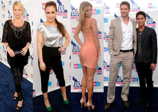 Pictures of Kellan Lutz, Megan Fox, Pete Wentz, and Matthew Bomer at the VH1 Do Something Awards
