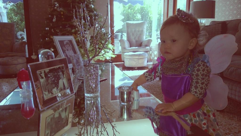 Haven Warren had fun dressing up as a fairy at home. Source: Twitter user jessicaalba