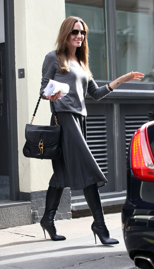 News Pics and More... - Page 4 Hiding-Top-Your-Boot-Beneath-Your-Knee-Length-Skirt-Makes-Feminine-Subtly-Sexy-Look
