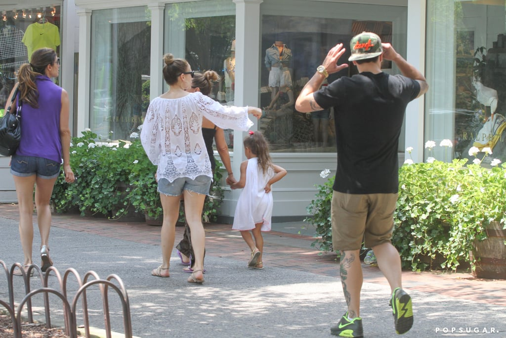 Jennifer Lopez shopped in the Hamptons with Casper Smart and Emme.