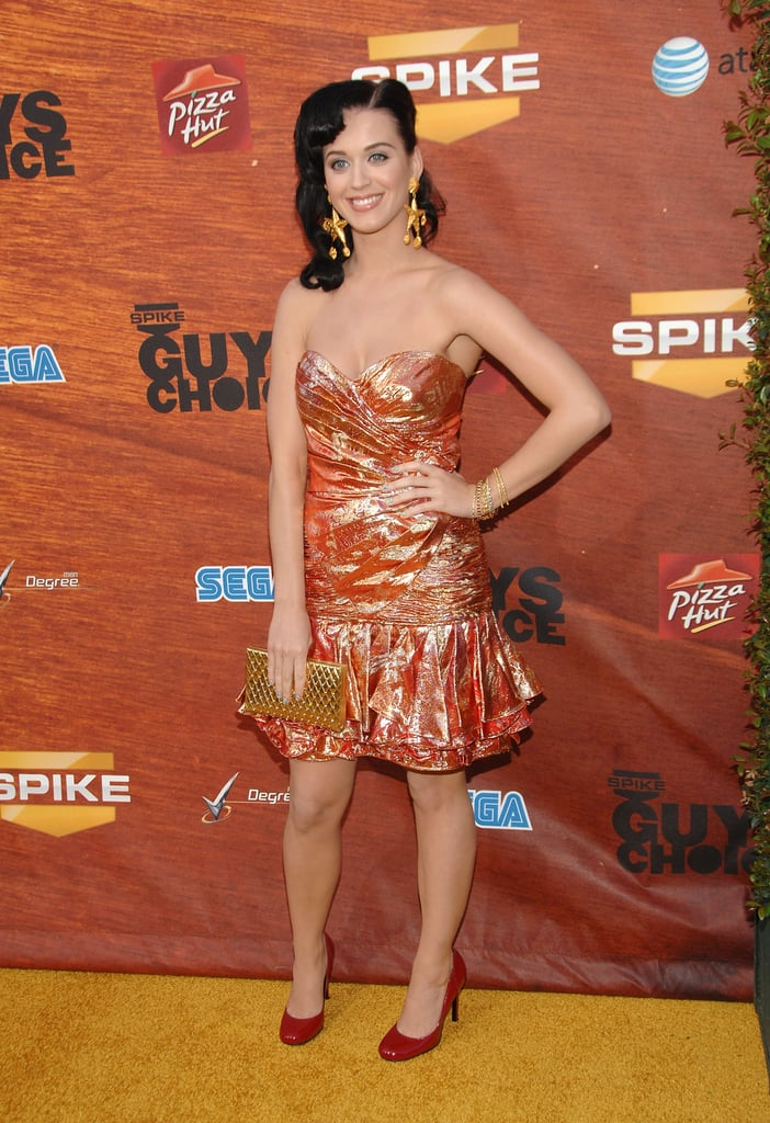 If a mermaid decided to walk the red carpet, we have a feeling she would wear something similar to this shimmering ensemble Katy donned in 2008.