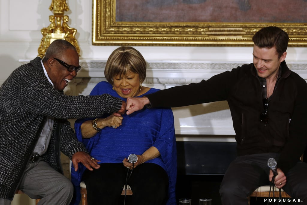 Justin Timberlake fist-bumped with Mavis Staples and Sam Moore at the White House.