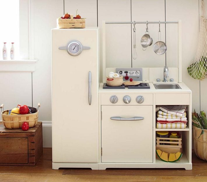 For 2-Year-Olds: Simply White All-in-1 Retro Kitchen