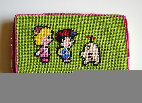 Totally Geeky or Geek Chic? Crafty Needlepoint DS Case